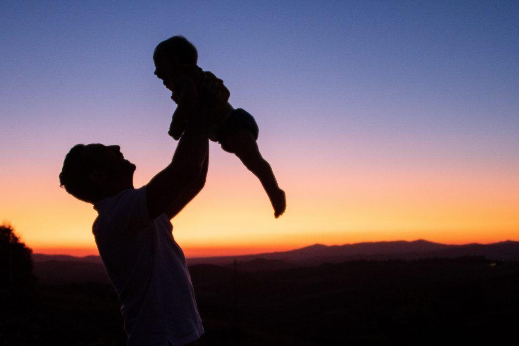 baja por paternidad